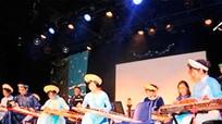 Biểu diễn âm nhạc truyền thống và võ cổ truyền dân tộc Việt Nam tại Pháp