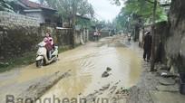 Đường ở xã Quỳnh Phương biến thành ...ao