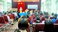 Đồng chí Lê Xuân Đại chúc mừng Ngày nhà giáo Việt Nam tại huyện Diễn Châu