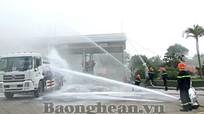Diễn tập chữa cháy tại Kho xăng dầu Bến Thuỷ