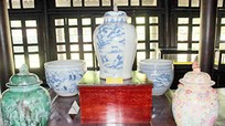 Lần đầu tiên trưng bày 37 món cổ vật quý triều Nguyễn tại Huế