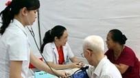 Chuyên gia Pháp khám miễn phí bệnh về mạch máu