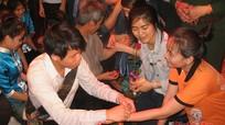 Vui tết cổ truyền Bunpimay với lưu học sinh Lào