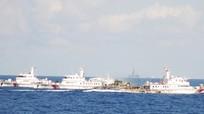 """Tàu Trung Quốc """"dàn trận"""" thành từng nhóm ngăn cản tàu Việt Nam"""