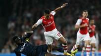 Arsenal bị loại ở vòng ba Cup Liên đoàn Anh