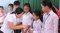 Nam Đàn: Trao học bổng cho 55 học sinh vượt khó, học giỏi