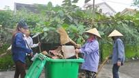 Xã hội hóa công tác vệ sinh môi trường ở xóm Ái Quốc (Diễn Hồng)