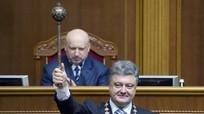 Tổng thống Ukriane Petro Poroshenko: Con rối trên chính trường?