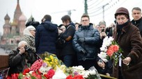 Hàng chục ngàn người tuần hành tưởng nhớ cựu Phó Thủ tướng Nemtsov