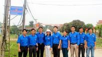 Thị đoàn Hoàng Mai: Công trình 200 bóng đèn chiếu sáng đường quê