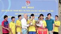Bế mạc giải bóng đá thanh niên thị trấn Cầu Giát mở rộng