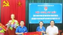 Huyện đoàn Nghi Lộc: Đón nhận cờ thi đua của UBND tỉnh