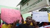 Ông Obama lên tiếng bảo vệ người đồng tính bị kỳ thị tại quê hương Kenya