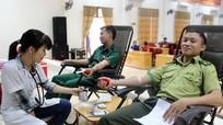 Hơn 300 tình nguyện viên đội mưa, vượt rừng tham gia ngày hội hiến máu