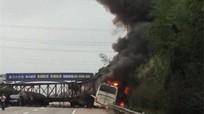 Tai nạn trên cao tốc Thượng Hải - Côn Minh, 32 người thương vong