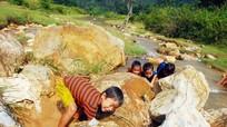 Trẻ em ở Hạnh Dịch