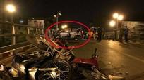 Gây tai nạn liên hoàn, lái xe taxi hoảng loạn nhảy cầu