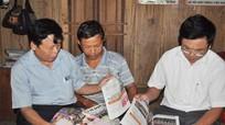Kiểm tra công tác phát hành sử dụng báo Đảng tại các huyện đặc biệt khó khăn