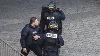 Người phụ nữ đánh bom tự sát là vợ của chủ mưu tấn công Paris?