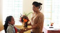 Rực rỡ sắc hoa ngày Nhà giáo Việt Nam
