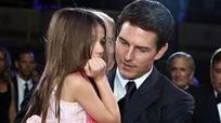 Tom Cruise bị đồn không gặp Suri hai năm vì đạo Scientology