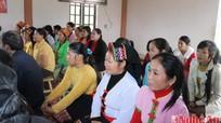 Dạy nghề trồng chè cho  đồng bào dân tộc ở xã Hoa Sơn (Anh Sơn)