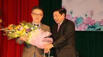 Lãnh đạo tỉnh chào mừng Giáo sư Ngô Bảo Châu đến Nghệ An