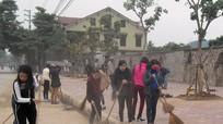 Hơn 1.000 đoàn viên TX Thái Hòa ra quân làm vệ sinh môi trường