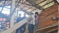 Thiếu lao động đóng tàu thuyền