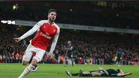 Arsenal bắn hạ Man City, áp sát ngôi đầu