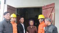 Nghĩa Đàn sửa chữa hệ thống điện miễn phí cho hộ nghèo