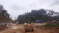 Anh Sơn: Quốc lộ 7B thi công chậm ảnh hưởng đến dân sinh