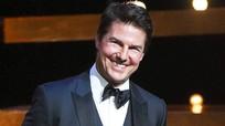 Tom Cruise bị đồn tiêm botox vì mặt sưng phù