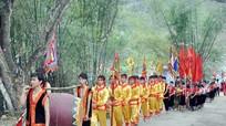 Đền thiêng ở miền Tây Nghệ An trước ngày khai hội