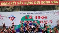 Khai mạc lễ hội Hang Bua năm 2016