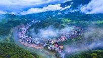 Khám phá vẻ đẹp hùng vĩ của  núi rừng miền Tây Nghệ An