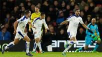 Leicester xây chắc ngôi đầu, bỏ cách Tottenham năm điểm