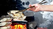 Làng cá nướng ở Nghệ An vào mùa