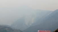 Nghệ An: Cháy rừng khu vực biên giới Na Ngoi, hàng trăm người đi dập lửa