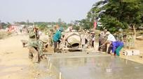 Nghệ An cấp 486.445 tấn xi măng cho các địa phương xây dựng nông thôn mới