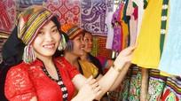 Đặc sắc các sản phẩm Thái tại lễ hội đền Chín Gian
