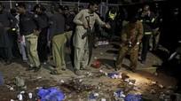 Đánh bom tự sát ở Pakistan, nhiều phụ nữ và trẻ em thiệt mạng