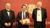 Việt kiều Nghệ An đạt Giải thưởng Nhà lãnh đạo doanh nghiệp xuất sắc
