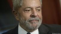 Cựu Tổng thống Brazil bị cảnh sát khám nhà