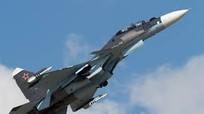 """Xem chiến đấu cơ Sukhoi Su-30SM của Nga """"xé toạc"""" bầu trời"""