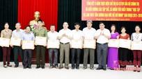 Tuyên dương điển hình học tập và làm theo tấm gương đạo đức Hồ Chí Minh