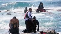 UNHCR nghi ngờ con số 400 người chết trong thảm họa chìm tàu di cư