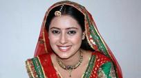 Bà nội trợ Ấn Độ tự tử vì sốc trước cái chết của sao 'Cô dâu 8 tuổi'