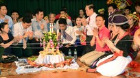 Vui tết Bun Pi May và Song Kran cùng lưu học sinh Lào, Thái Lan