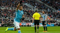 Man City mất điểm trước Newcastle